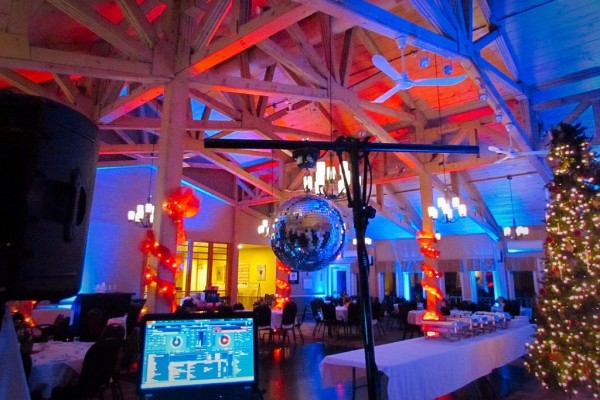 Professional Corporate DJ in Nova Scotia, Halifax, Annapolis Valley for Staff Party, Conferences and Galas